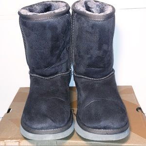 UGG boots size 10 Women's